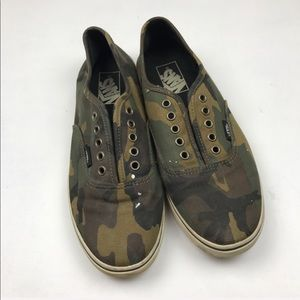Vans Camo Skateboard Shoes Sz 7 Men || 8.5 Women's